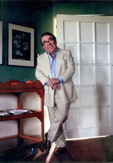 Comedian Ronnie Corbett died in 2016.