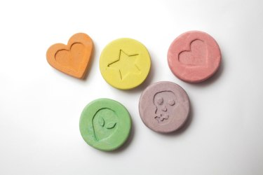 Rising numbers of regular ecstasy users are also taking cocaine.
