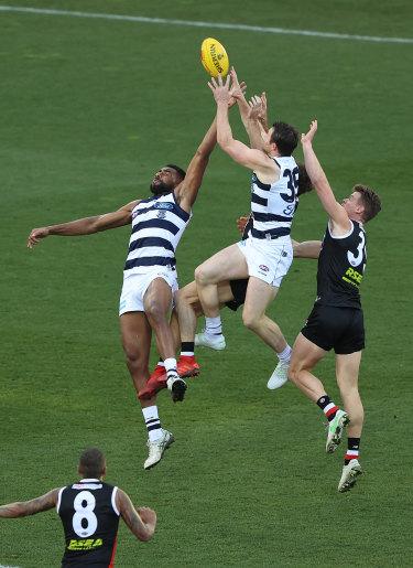 Patrick Dangerfield flies high.