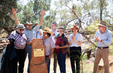 Uncle Peter Harris (hands aloft) with Auntie Elaine Ohlsen (straw hat, front) with Premier Gladys Berejiklian, Environment Minister Matt Kean, and  Agriculture Minister Adam Marshall (right).