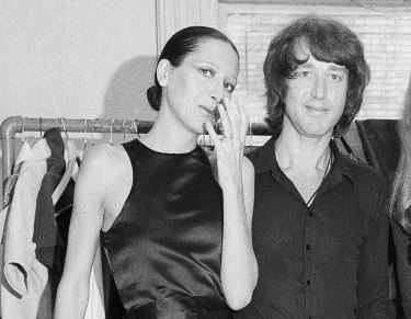 Elsa Peretti, left, poses with designer Halston after a fashion show in New York on June 15, 1970.