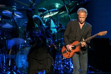 Lindsey Buckingham performing with Fleetwood Mac in Sydney in 2015.