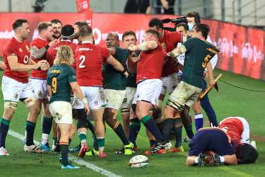 Players clash following a tackle from Cheslin Kolbe.