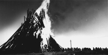 """The Burning of the final beacon at Phillip Bay in Sydney this morning. June 19, 1988."""