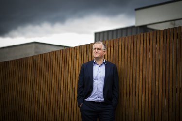 """""""Not taking up [the vaccine] is at best ill advised and potentially verging on the negligent"""": Deakin University vice-chancellor Iain Martin."""