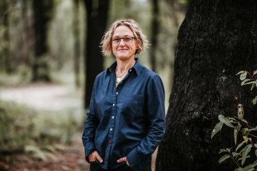 Author Inga Simpson.