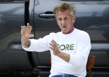 Actor Sean Penn has lashed out at critics of his COVID-19 vaccine site.
