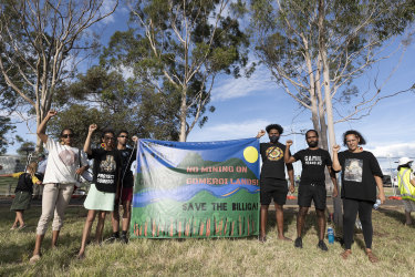 Local Indigenous people are among those objecting to Santos's Narrabri gas project.