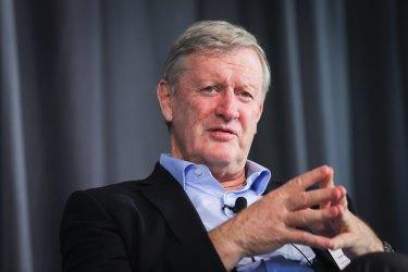 Qantas chairman Leigh Clifford said the community expected a more mature political debate in Canberra.
