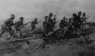 Anzacs in action three days before the evacuation (official photograph)