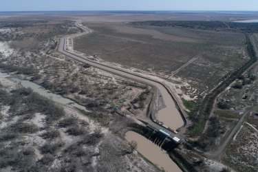 The principal water modeller within the NSW government warned a storm would break once it became clear that the models underpinning water extraction in the Murray-Darling Basin had changed.