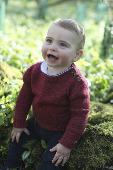 Kensington Palace has released new photos of Prince Louis to mark his first birthday.