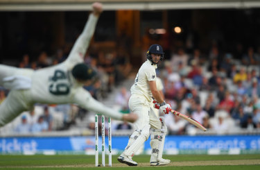 Chris Woakes edges behind to Steve Smith.