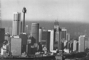 Sydney, shrouded in smog, on June 7, 1979.