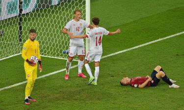 Kasper Dolberg of Denmark celebrates with Mikkel Damsgaard after scoring his side's second goal during the UEFA Euro 2020 Championship quarter-final match.