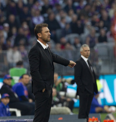Much to meditate: Tony Popovic and Steve Corica.