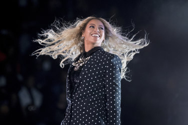 Beyonce is reported to be taking over Vogue's biggest issue of the year.