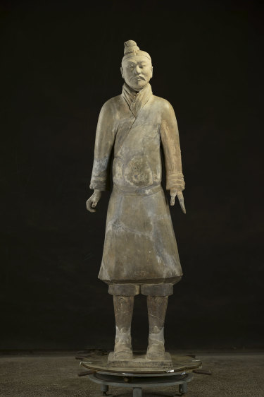 An unarmored officer from the tomb, dating from the Qin Dynasty 221–207 BCE.