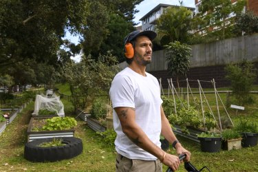 Bondi Beach landscape gardener Wojtek Skibowski said equipment such as lawn mowers and whipper snippers made similar amounts of noise as leaf blowers.