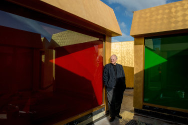 Murcutt's MPavilion continues his exploration with light in the Australian Islamic Centre.