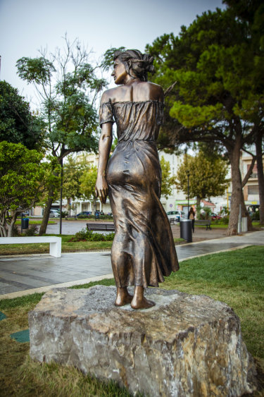 """Italian lawmaker Laura Boldrini: """"It is an inappropriate statue, out of context, and also offensive."""""""