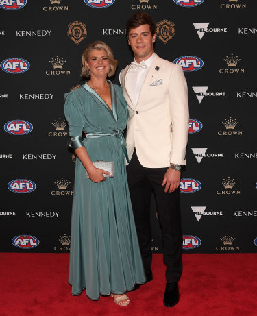 Josh Dunkley of the Bulldogs and his mother Lisa Dunkley.