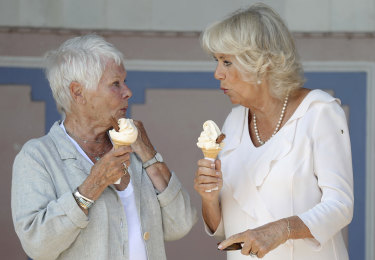 The women both opted for Flakes in their soft serve.