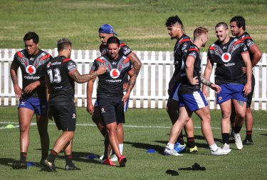 Warriors players train at their quarantine base in Tamworth yesterday.