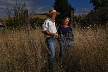 Farmers Rebecca and David Price on the site of a proposed gold mine near Blayney.