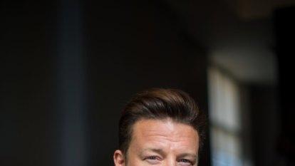 'Gamechanger': Jamie Oliver urges Australia to follow London's junk food ad ban