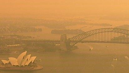 Sydney smothered by smoke haze