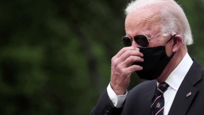 Biden calls Trump 'absolute fool' for not wearing mask