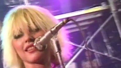 Blondie 'Dreaming' official music video