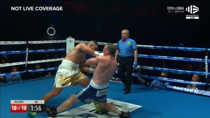 Justis Huni retains his heavyweight belt with a stoppage in the final round against Paul Gallen
