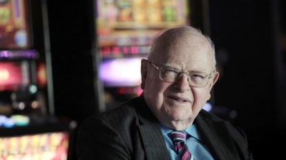 Len Ainsworth honoured for poker machines and philanthropy