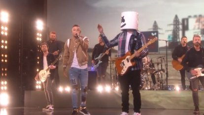 Kane Brown and Marshmello perform 'One Thing Right' on Ellen