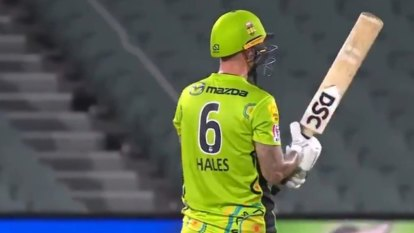 Gun Sydney Thunder batsman Alex Hales has broken the record for most sixes in a BBL season.