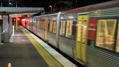 Ed Sheeran fans slam Queensland Rail for long train delays