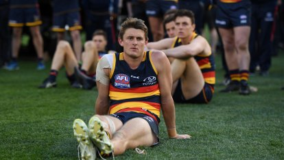 Adelaide Crows 'totally devastated' after grand final loss to Richmond Tigers