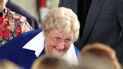 Dignitaries gather to remember Lady Flo