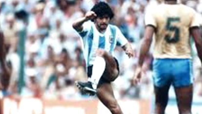 Former Socceroo and football expert Craig Foster has paid tribute to Diego Maradona after the icon's death at 60.