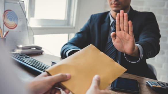 Time for online public servant gift register: audit report