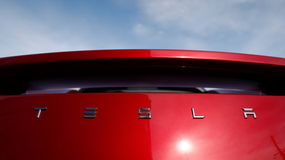 Tesla meets with Premier to discuss options in 'Lithium Valley' Perth