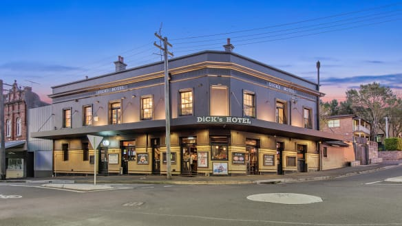 $10m pub for sale: Popular Balmain watering hole goes on the market