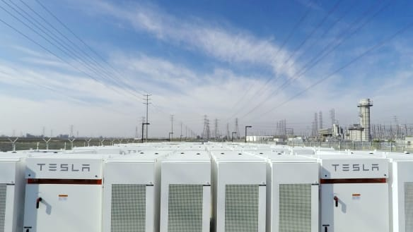 Tesla says it's shortchanged for providing power too fast