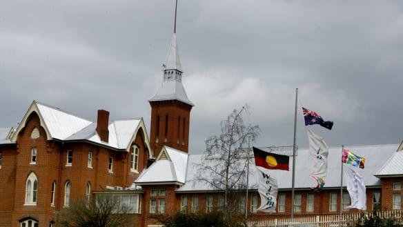 Priest jailed over historical sex offences in Sydney, Bathurst