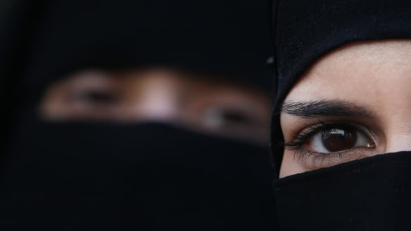 Terror accused's wife banned from wearing niqab in court