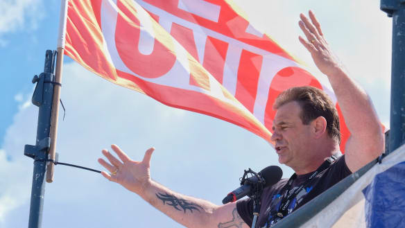 Maritime union faces legal action over contempt of court