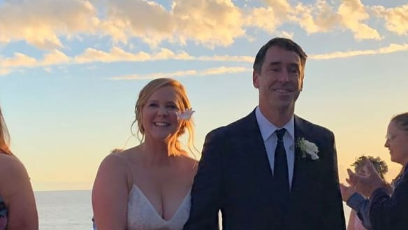Amy Schumer has married chef Chris Fischer.