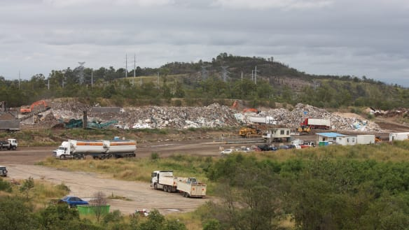 Garbage king proposes giant Queensland dump amid interstate stink